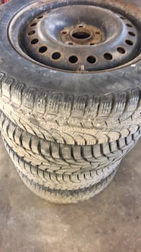 gray 5-spoke vehicle wheel and tire set Vaughan, L4L 1A5