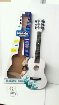 First Act Discovery Beginners Guitar - Butterfly Holland, 01521