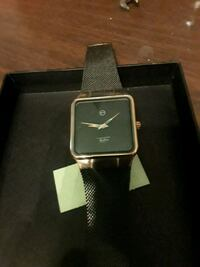 black smartwatch with black strap Pasadena, 77506