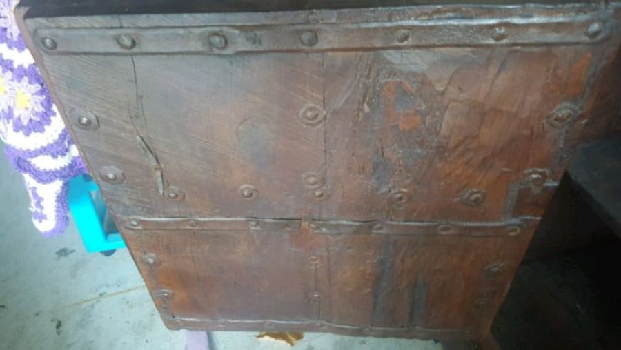 Antique cabinet if interested text me  (Phone number hidden by letgo)  Gus 2b2dfea8-afa7-4e48-99a7-e7606d8b014e