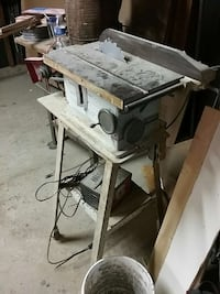Craftsman table saw It's old and it's heavy but it works great
