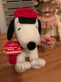 Adorable Soft Hallmark Valentine's Snoopy Gainesville, 20155