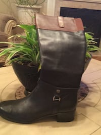 Boots worn twice. paid 95.00 from belks Trussville, 35173