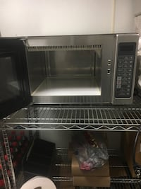 Stainless steel and black microwave oven Warminster, 18974