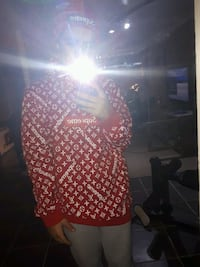 Supreme x LV sweater null
