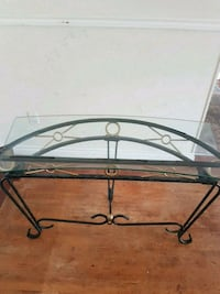 Glass and iron table Surrey, V3V 2L6