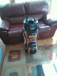 orange and black golf bag Kamloops, V2B
