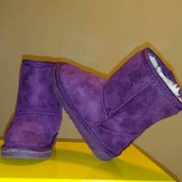 LIKE NEW: little girls size 4/5 Purple Dawgs boots  Pickup ellerslie c Edmonton, T6X 1J9