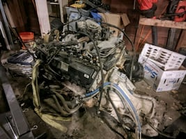 99 5.4 ford Triton motor and transmission