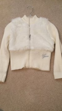 white guess fur jacket New Westminster, V3M 3E4