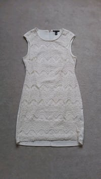Lace Dress Surrey, V6G