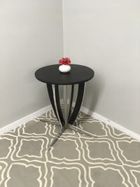 Black round side table Abbotsford, V2T 2H4
