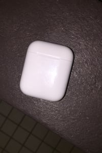 AirPods case only Oxon Hill, 20745