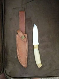brown handled knife with sheath Rochester, 98579