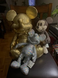 Mickey Mouse Memories Plushes and Pins  Toronto, M9A 3B2