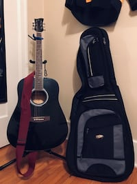 Guitar set includes everything you see Winnipeg, R2W 0Y4