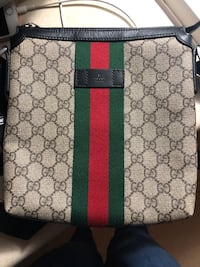 Men's Gucci messager bag , R0B