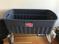 Rubbermaid Tote w/ lid - 189L Vancouver, V6G