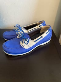 Timberland leather boat shoes size 8 Virginia Beach, 23451