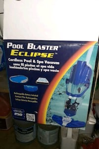 Pool blaster eclipse and clorine tablets
