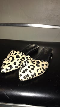 white and black leopard print flats Colorado Springs, 80909