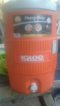 5 gallons white and orange Igloo water cooler Red Wing, 55066