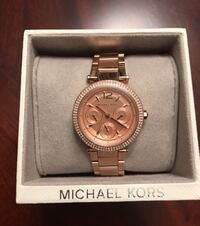 Firm Brand New Authentic Michael Kors Rose Gold Watch, Paid $400 comes with the box and still has tags on it. In smoke free and pet free home pickup Kennedy and Sandalwood Brampton, L6Z