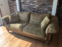 Couch Ethan Allen Luxurious