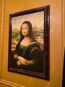 The Mona Lisa is also one of the most valuable paintings in the world.