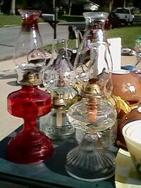 Lot of 4 vintage hurricane lamps Manchester Township, 08759
