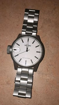 Nixon Chronicle White Dial Stainless Steel Watch Montréal, H8S 2H3