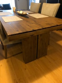 Brand New wood table & chairs Edmonton, T5H 0L9