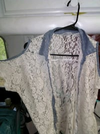 Lace and denim button up  Inglis, 34449
