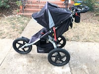 Bob Sport Utility running stroller with adult cupholder Arlington, 22206