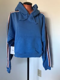 Aritzia TNA Hoodie Size Small