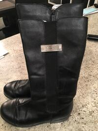 Girls Michael kors riding boots size 3 Hamilton, L8J 3S1