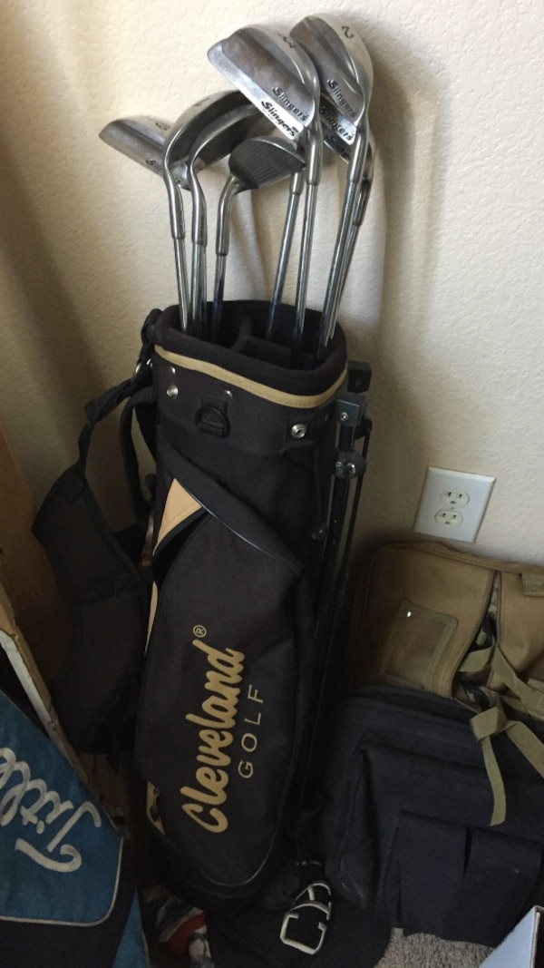 c80e77cda92 Used Rare Slinger golf club set with bag for sale in Upland - letgo