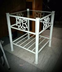 White Metal End Table W/Glass Top
