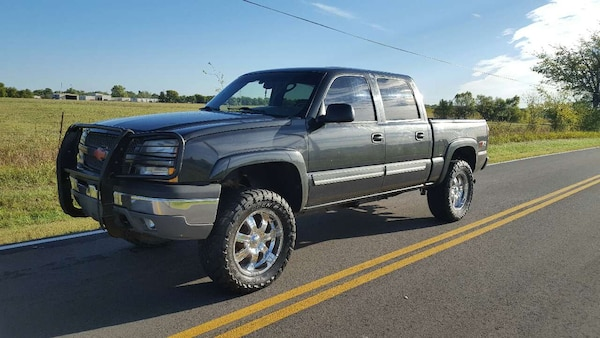 Lifted Chevy Silverado For Sale >> Used 2005 Chevy Silverado 1500 Crew Cab Z71 Lifted For Sale In Tulsa