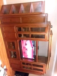 All Real Wood Entertainment Center Lynwood
