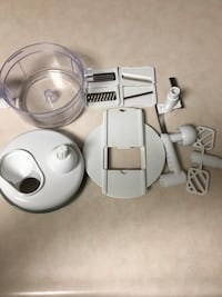 Food Processor with all the pieces (Not Electric) Clackamas, 97015
