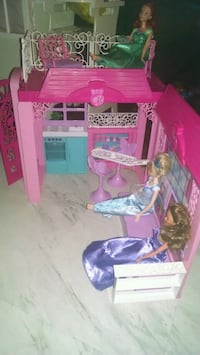 pink and purple doll house Saint Cloud, 34769