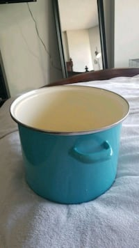 8.5 inch tall light blue pot  Edmonton, T5J 0C3