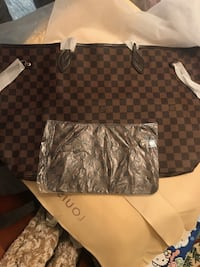 damier ebene Louis Vuitton leather tote bag Chickasaw, 36611