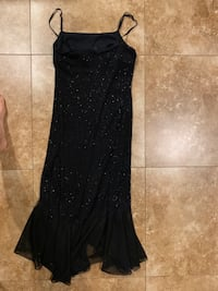 Burgundy Gown with Slit in Back (fits 2-4) Gaithersburg, 20877