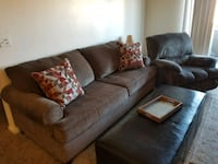 Matching couch with slipcover and recliner Rio Rancho, 87124
