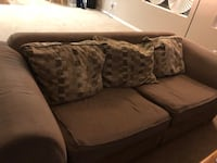 Couch set  Palmdale, 93552