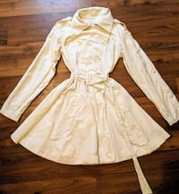 Ivory trench coat, size small Ingersoll, N5C 2W1