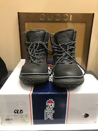 Brand new Pajar men's boot size 42 550 km