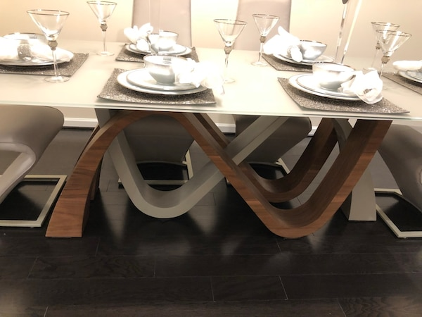 Michael Amini Dining Table 3